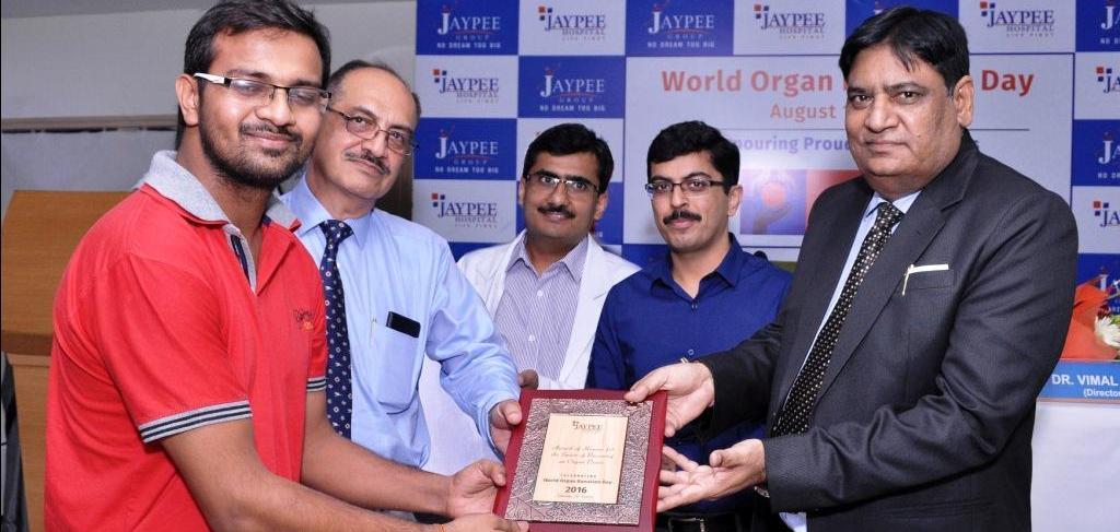 Доктор Абхидип Чаудхари - пересадка печени в индии
